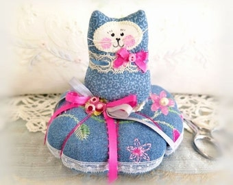 Cat Pincushion 5 inches, Embroidered Blue Denim, Decor Fabric and Cotton Fabric, Primitive Cloth Doll Decoration Soft Sculpture Folk Art