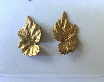 Vintage Pointy Elfin Leaves  (1 pair)