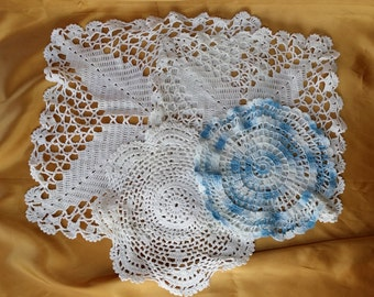 Vintage set Crocheted Doilies White, Blue, Square, Round Lot of 4 *eb