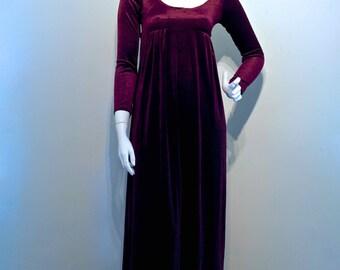 Vintage 1970s VELVET Gothic Vamp Empire Line Fit Maxi Dress // Deep Claret Red