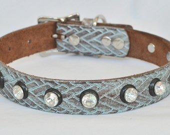 Western Leather Dog Collar. Full Grain Leather, Turquoise Leather Dog Collar, Medium Leather Dog Collar