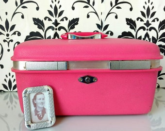 Pink Traincase by Samsonite Royal Traveller Aurora Traincase