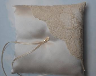 Ring pillow. Light gold wedding ring cushion
