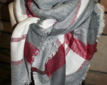 Oversized Blanket Scarf Plaid Maroon and Gray Tartan Wrap Shawl Zara Scarves Zara Style Plaid Blogger Favorite-Accessories