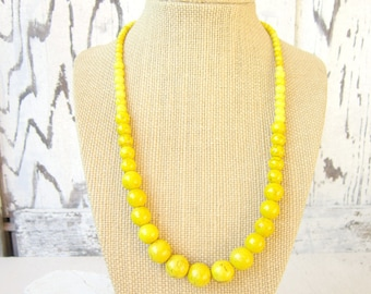 Yellow Beaded Necklace.Yellow Graduated Necklace.Yellow Statement Necklace.Beaded Yellow Necklace.Yellow Bridesmaid Turquoise Necklace