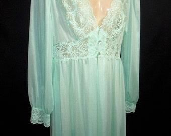 Size Medium - Vintage Robe - from Shadowline - Peignoir - Dressing Gown - Full Length - Long Sleeve - Aqua Green - Made in USA - Elegant