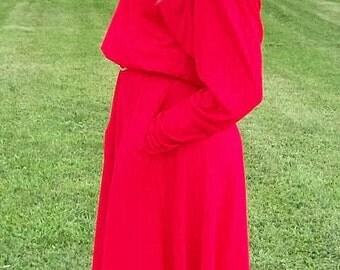 Vintage Ladies Red Felted Wool Hat w/ Flower Trim Only 12 USD