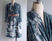 Vintage 80's Green Tie Dye V-Neck Gathered Dress XS or S