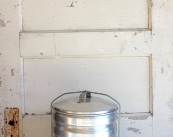 Vintage Silver Aluminum Multi Pie Holder Carrier Taker Stackable for 5 Pies