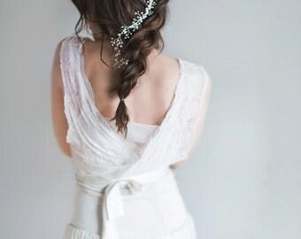 Bridal Headpiece - Pearl Hairvine- Noelle