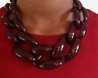 Chunky Link Necklace Plum