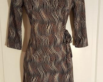 90's LA BELLE WRAP Dress // Retro Swirl Print Side Tie Dress Collar Size S Black Brown Ivory White Deep V Plunge Neckline