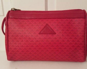 LIZ CLAIBORNE PURSE // 80's Fire Engine Lipstick Red Leather Logo Monogram Shoulder Bag Preppy Classic Yuppie