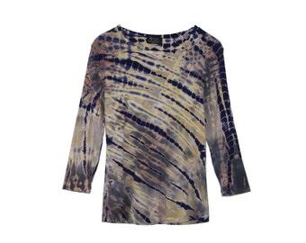 Batik Top - Tie Dye Shirt Blue Grey Soft Quarter Length Sleeves Scoop Neck Cute Shirt Blue Fitted Top 1990s Hippie Hippy Top Blue Boho Shirt