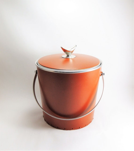 Vintage Ice Bucket, Mid Century Barware, Regal Ware Faux Leather Covered Aluminum Bucket, Retro Barware, Mad Men Style, Leather Ice Bucket