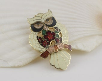 Owl with Flower Pattern Cloisonne 1980s Ladies Brooch Gold Plated with White and Red Enamel