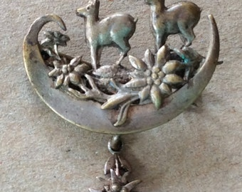 Antique Animals in Nature Articulating C Clasp Brooch Pin
