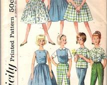 "Vintage 1962 Simplicity 4540 Sub-Teen Skirt, Blouse, Top & Pants (Weekend Wardrobe) Sewing Pattern Size 10s Breast 29"""