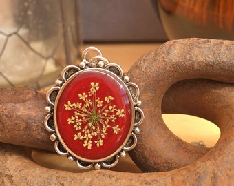 dried flower necklace, red flower pendant, woodland necklace, real flower jewelry, cameo necklace unique jewelry, unique gifts for women