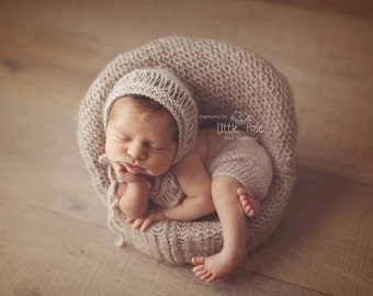 Newborn baby boy or baby girl hand knitted Romper Overall and rounded bonnet set / Luxury yarn Photography Prop/Merino Angora wool prop