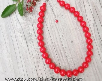 Bright red necklace,Simple red necklace with glass pearls,Chunky 14mm beaded red necklace, Short red necklace