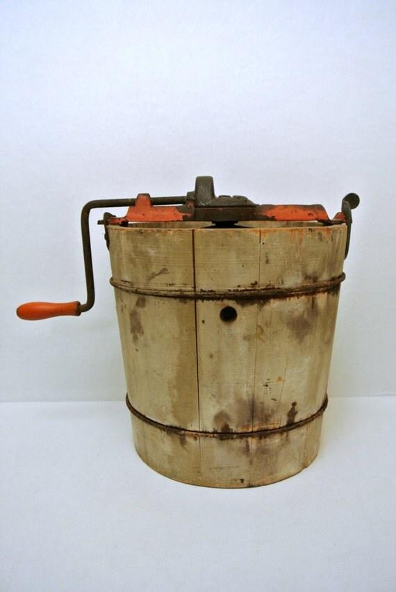 Antique Vintage Hand Crank Two Quart 2qt Ice Cream Machine