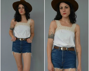 1970s lace trimmed white cotton tank top
