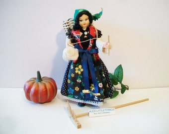 Vintage Italian Doll Ethnic Clothes Lauco Souvenir