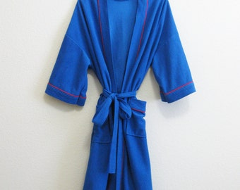 Royal Blue Robe Bill Blass - One Size - Medium Weight Red Piping