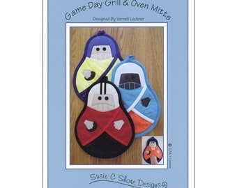 """Pattern """"Game Day Grill & Oven Mitt Pattern"""" by Susie C. Shore Designs (VL-1449) Paper Pattern"""