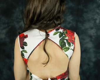 Open back floral crop top with bow, red roses crop top, sleeveless crop top, crop top and skirt set, 2 piece dress, two piece prom dress