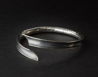 Open Sterling-Silver Anticlastic Bangle with Etched Skin Pattern and Oxidised Finish