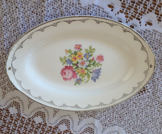 Vintage Homer Laughlin Nautilus Eggshell Small Tray Floral