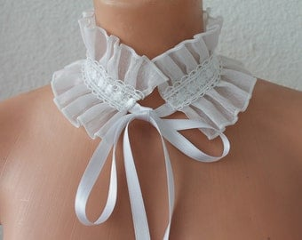 White Gothic Neck Collar