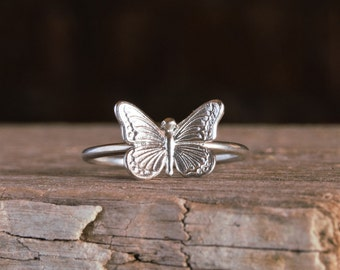 Butterfly sterling silver ring , stackable butterfly ring