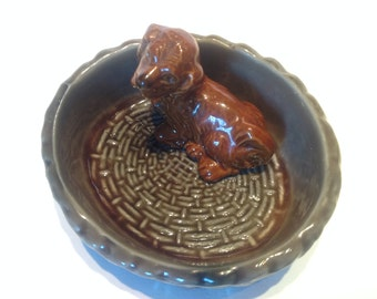 Wade Whimsy 'Puppy in a Basket' Pin Dish. Porcelain Trinket Dish. Retro Dog Basket Change Dish. Spaniel Puppy Figurine. Canine Collectables