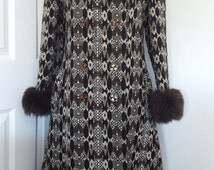 1960's Richard Shops Coat / Vintage Tweed Coat / Brown Tweed Coat / Fake Fur Collar Hem Cuff Coat / Such Clever Clothes Size  Medium size 12