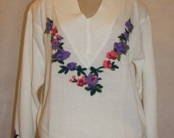 Vintage 1980s White Jumper with Floral Embroidery by GINO BARALDI (BNWT) - Size 14