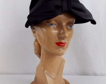 Vintage Black Felted Wool Hat with Large Bow