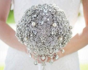 Custom Diamante Crystal Brooch Bouquet - Teardrop Bouquet, Rhinestone Wedding Bouquet, Cascading Brooch Bouquet - Large 10 inch Bouquet