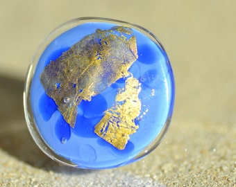 Blue and gold glass cabochon ring