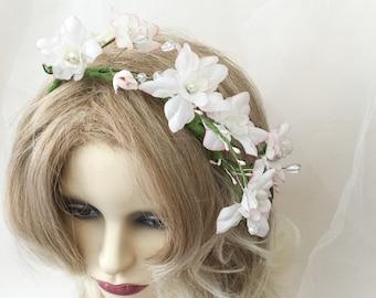 flower headpiece, bridal headpiece, rustic headpiece,  headdress, woodlands headdress, Aprox. 12 inch long Aprox. 3inch wide, meadow flowers