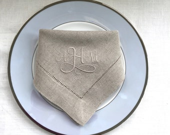 Monogram Embroidered Cloth Napkins Elegance.  Personalized Table Linens.  Linen Napkins.  Cloth Napkins. Wedding Gift.  Anniversary Gift.