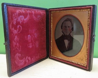 Original 1840's Daguereotype Handsome Man With Rosie Cheeks 1/6 Plate Encased Photograph - Free Shipping