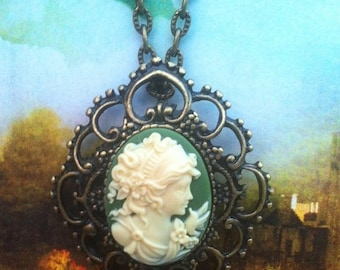 Forest Green Silhouette Cameo Necklace
