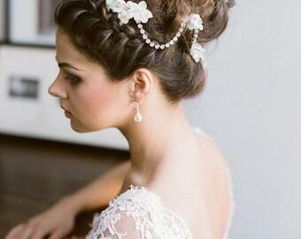 Artemis - Wedding comb - Head Jewel - bridal hairstyle - vintage inspiration - kind style accessory - pearl, beads and rhinestones