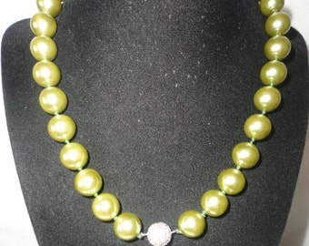 Gorgeous Mint Green Coated Pearls 12mm Necklace*****.