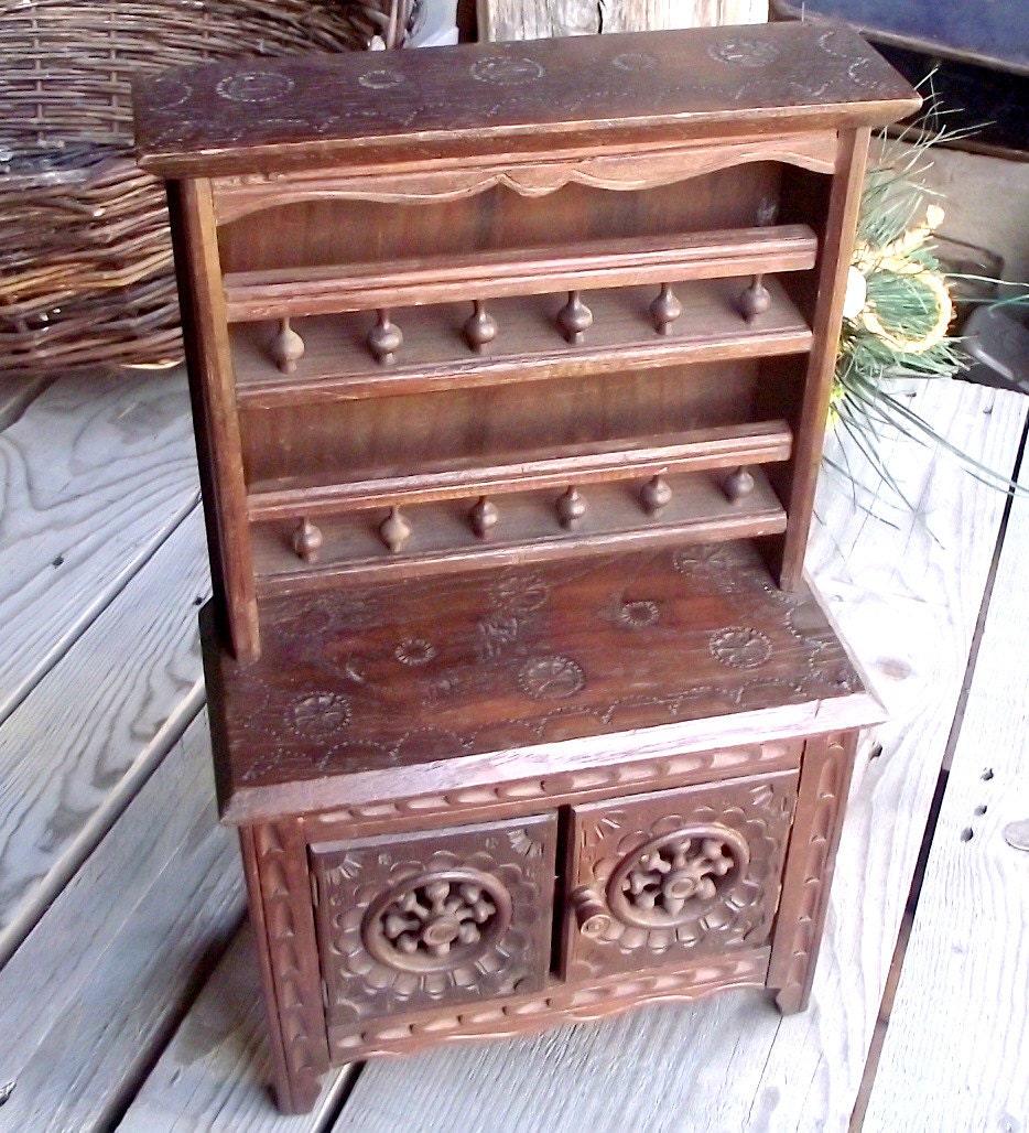 Vaisselier miniature en bois ancien style breton meuble for Meuble breton ancien