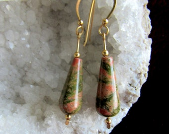 Earrings unikite, olive and orange, teardrop shaped, 12k goldfilled wire and handmade french earwires, 12k goldlfilled also, length 2 inches
