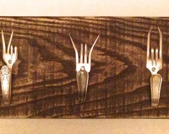 Upcycled Fork Coat Rack, 3 prong coat hooks on reclaimed pallet wood, coat hooks, coat racks, vintage forks on pallet wood,